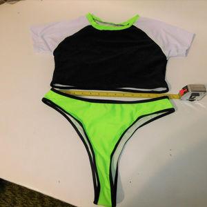 NWOT Women's 2 Piece Swim suit size Large